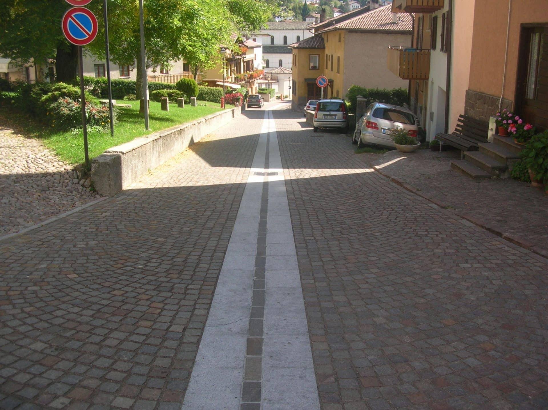 strada pubblica porfido provincia trento